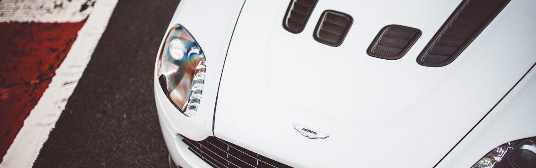 White-Aston-V8-Vantage-20